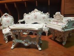 Meseszép porcelán bababútor jó állapotban eladó