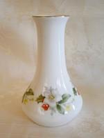 Különleges formájú és mintájú Aquincumi porcelán váza 13 cm magas
