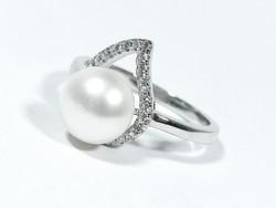 Ezüst gyöngyös gyűrű(Kecs-Ag69501)