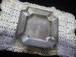 Ón tányér  ,jelzett,  160  mm