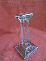 Csiszolt üveg gyertyatartó alján ezüst festéssel