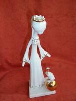 Aquincumi porcelán királylány békával figura