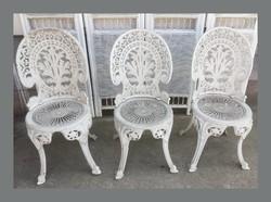 Kovácsoltvas jelleű,öntvény szék