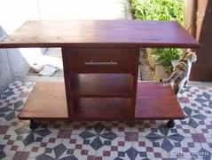 Dohányzó asztal,fából