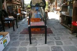 Jelzett thonet szék eladó (1991)