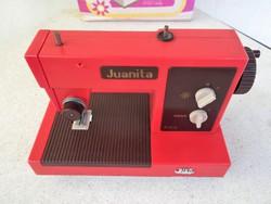 """""""Pico Juanita"""" műanyag játék varrógép, 40 éves"""