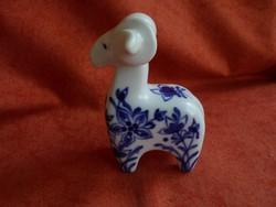 Hollóházi porcelán kos figura