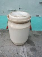 Gránit savanyitó edény, 48 cm magas
