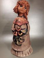 Bájos színezett  kerámia lány figura virággal galambbal jelzett