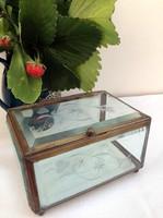Antik, csiszolt/metszett üveg nagyobb ékszertartó doboz