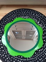Régi Finn design tükör műanyag keretben.