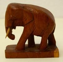 Elefánt szobor fából, 9 cm magas