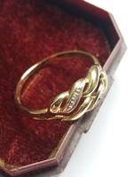 Jelzett 9 karátos brilliáns arany gyűrű