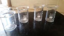 Üveg mércés pohár, kiöntő 4 db eladó!