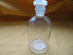 Régi literes gyógyszeres üveg