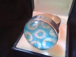 Hatalmas ezüst gyűrű