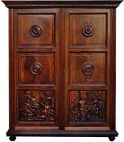 Neoreneszánsz faragott antik szekrény különlegesség