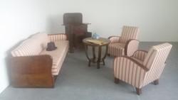 Art deco ágy, fotel, asztal.