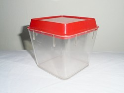 Retro Csehszlovák műanyag sótartó fűszer tartó konyhai fedeles tároló doboz - 1970-es évekből