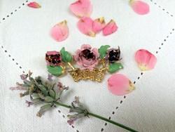 Francia aranyozott rózsás bross