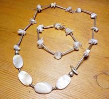 925-ös ezüst szett csiszolt kagyló gyönygökkel