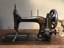 Antik Singer Adria varrógép
