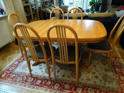 Étkezőasztal 6 db hajlított vázas székkel bükk színben