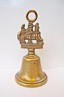Angol hajós bronz csengő