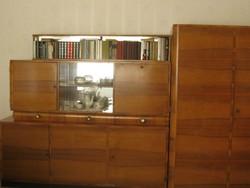 Akasztós, rakodós kombinált szekrény/szekrénysor diófából - várok ajánlatot