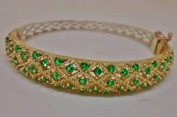Szépséges smaragdzöld köves ezüstkarkötő
