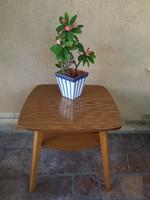 Masszív fa  dohányzó asztal AZ 50-60- as évekből