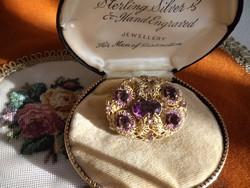 Antik filigrán bross lila kövekkel