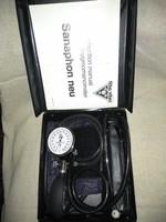 Manuális vérnyomásmérő