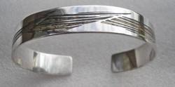 Absztrakt mintás, 925 ezüst karperec