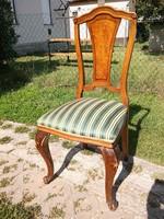 Antik csodás formájú faragott szék rugós Fülöp Lajos stílusú talán topolyafa berakásos 3+1db