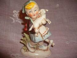 Német porcelán kislány báránnyal