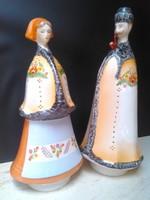Aquincumi kézzel festett porcelán szobor pár