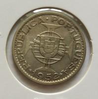 Szép portugál gyarmati ezüst 20 escudos Mozambik 1952.