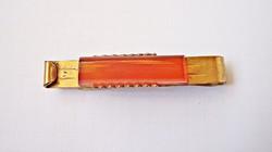 Aranyozott borostyános nyakkendő csipesz