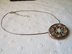 Izraeli kézműves ezüst medál láncon