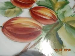 Birodalmi kétfejes sas jelzéssel-egyedi,kézzel festett gyümölcsmintás,dombormintás tányér-15 cm