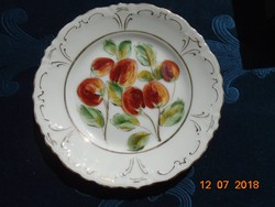 Birodalmi kétfejes sas jelzéssel-egyedi,kézzel festett szamócás,dombormintás tányér-15 cm