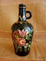 Virág mintával festett nagyon szép fekete üveg korsó, flaska, kiöntő Portugáliából