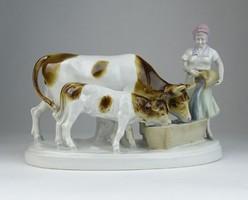 0R947 Grafenthal porcelán tehénitató szobor 23 cm