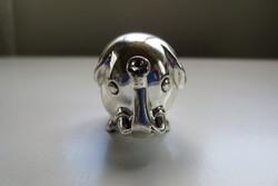 Elefántos ezüstözött figura