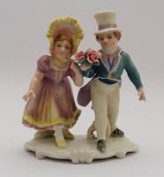 Ifjú gavallér és hölgye - ENS porcelánfigura