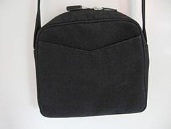 TravelSmith kis táska
