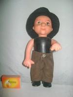 Retro bakelit-gumi fiú figura - játék