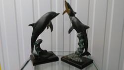 Bronzirozott rez delfin csalad