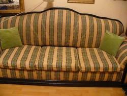 Háromszemélyes kanapé ágygépes